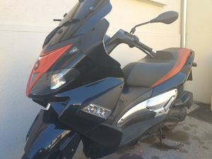 APRILIA SR MAX 125